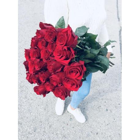 Rožu pušķis no 21 rozes - Sarkanais Rozes