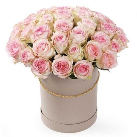 Flower Box с розовыми розами Цветочные коробки