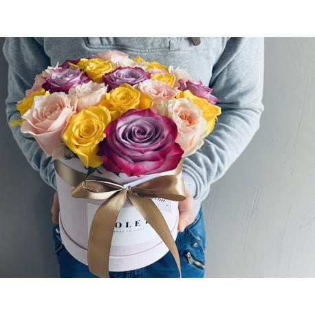 Цветочная Коробка - Цветные Розы Цветочные коробки