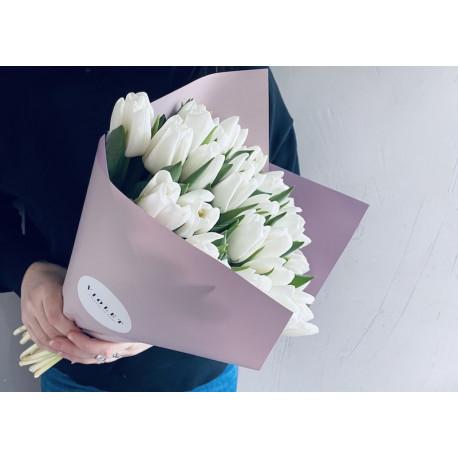 Tulpju pušķis - Balts Ziedu pušķi