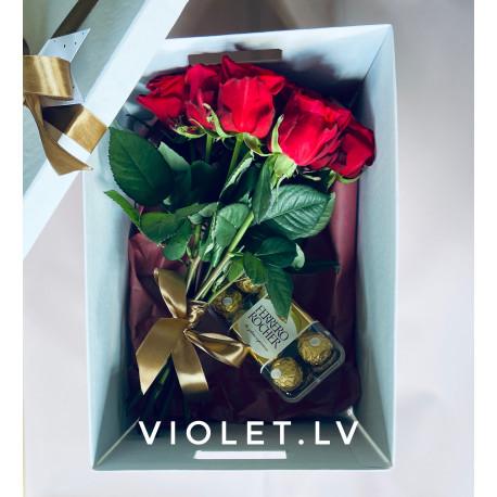 Ziedi kastē Dāvanu kastes