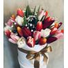 Flower Box с тюльпанами