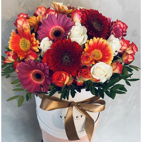 Мини коробка с розами Цветочные коробки