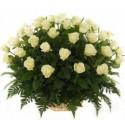 Цветочная корзина из 51 розы